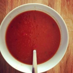 Nem tomat suppe