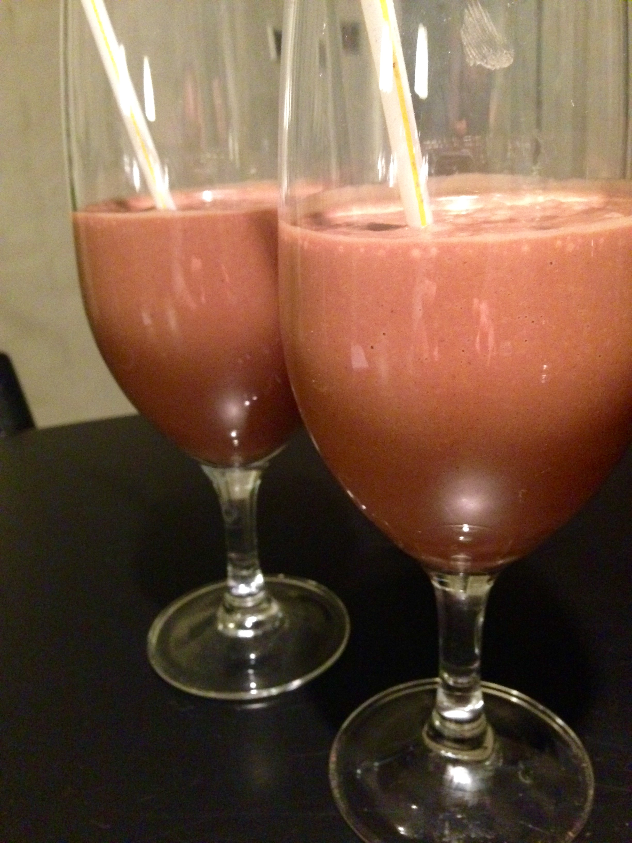 Chokolade-banan smootie med lakrids og chili