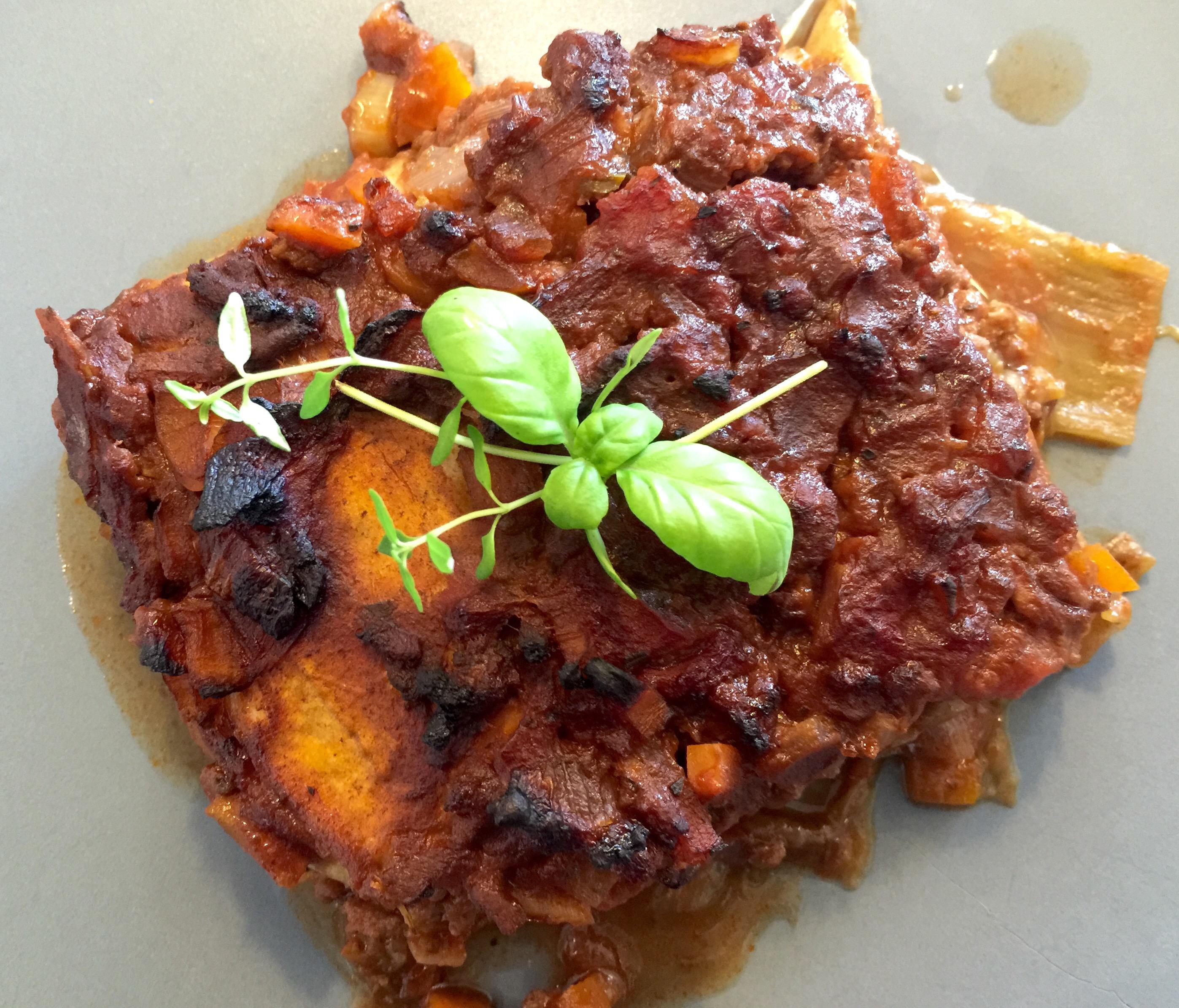 Aubergine lasagne med rødvin