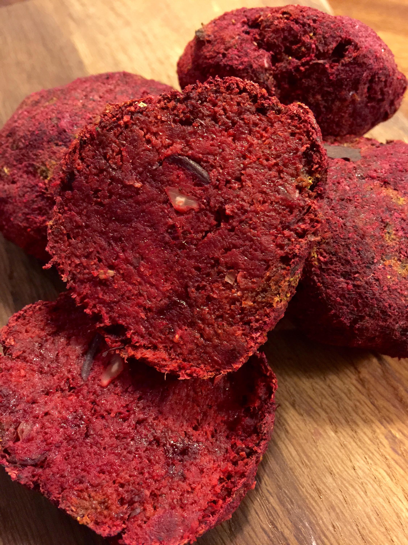 Boller af rødbede pulp