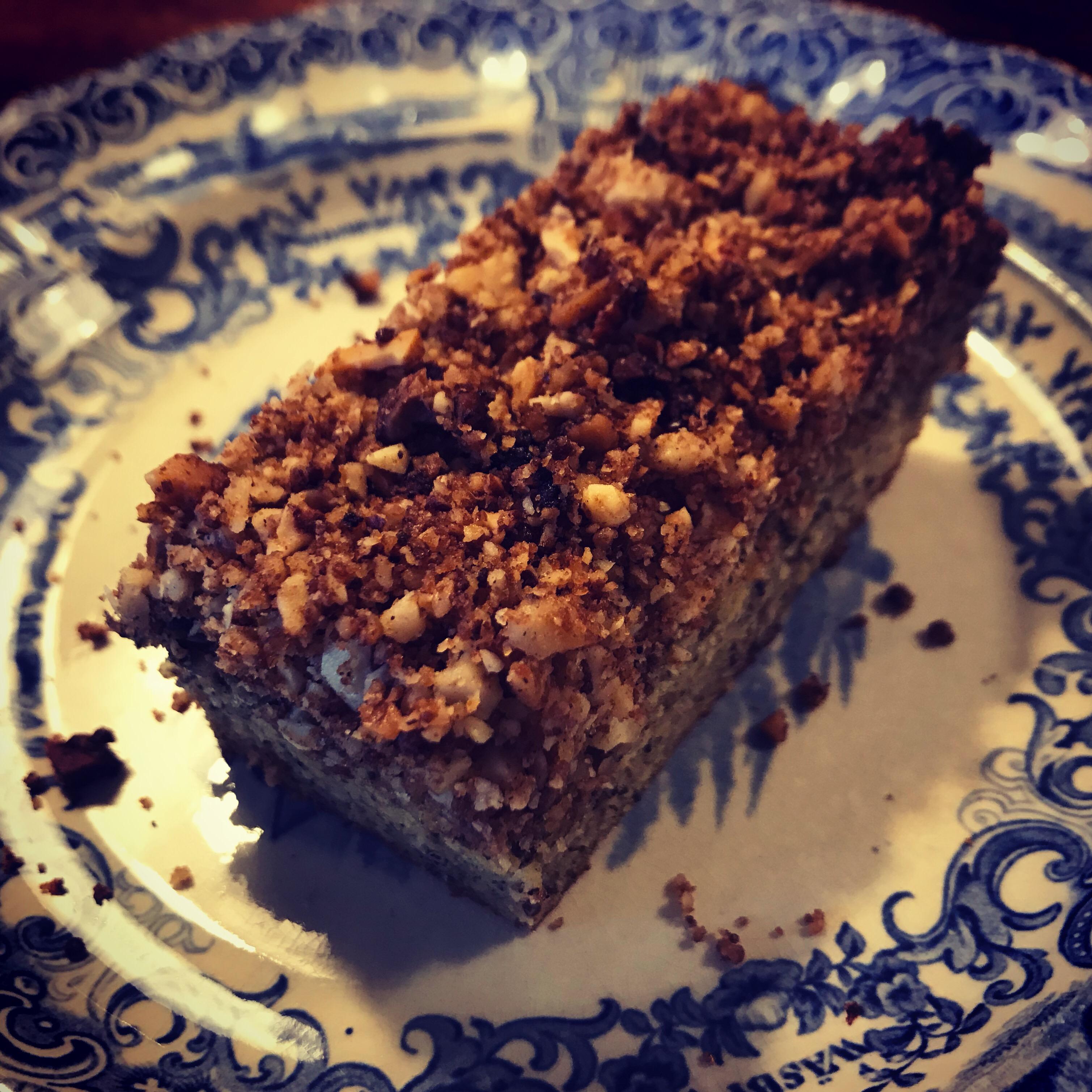Hamp kage med crumble